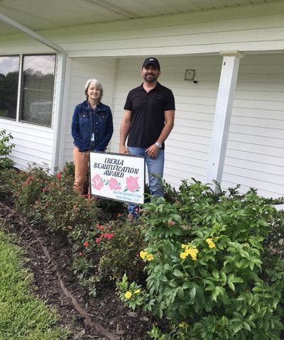 ETC: Azalea Garden Club October 2021 Beautification Award