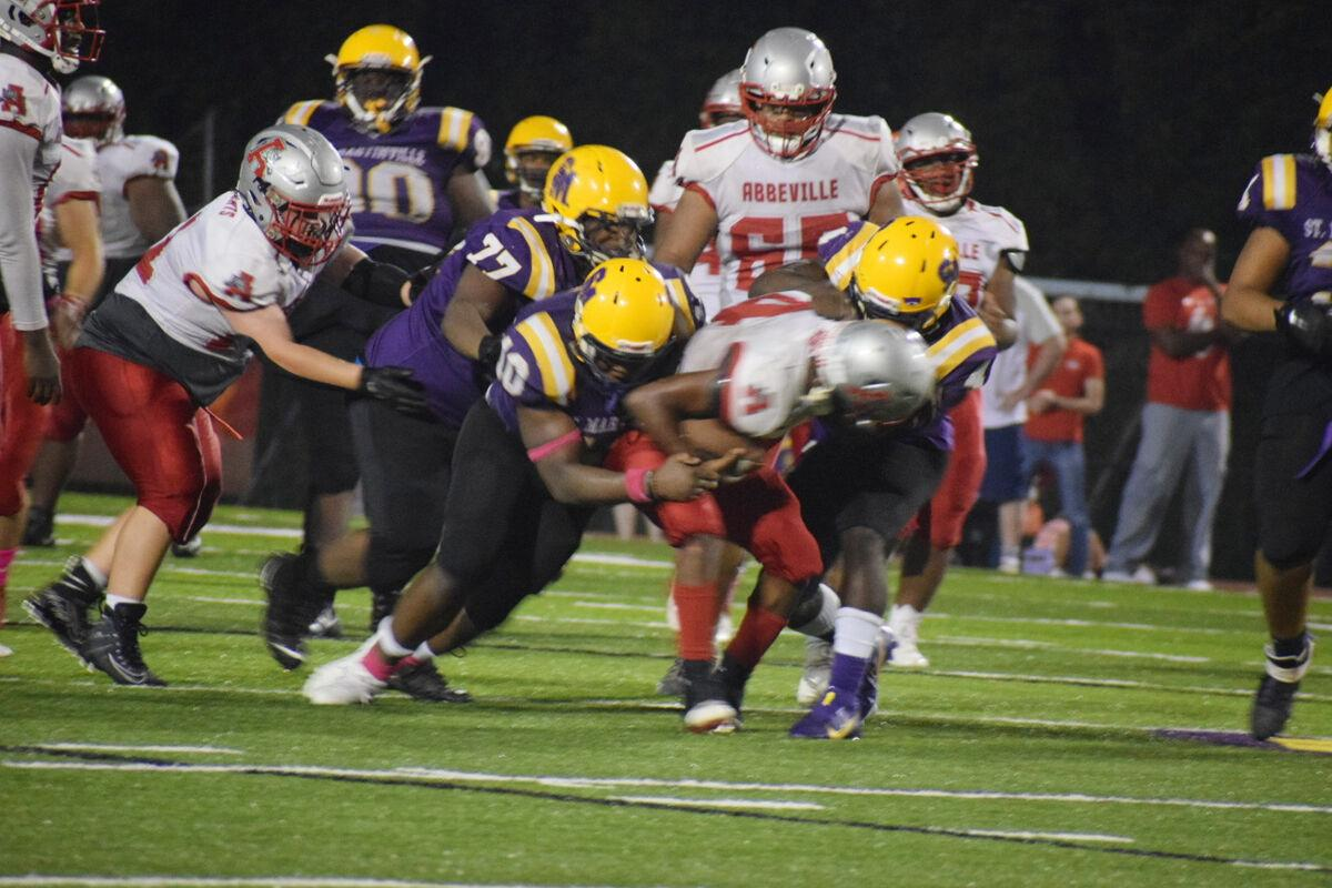 SMSH gets off to hot start, holds off late rally by Abbeville