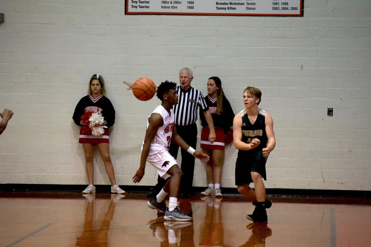 St. Martinville, VC set holiday tournaments