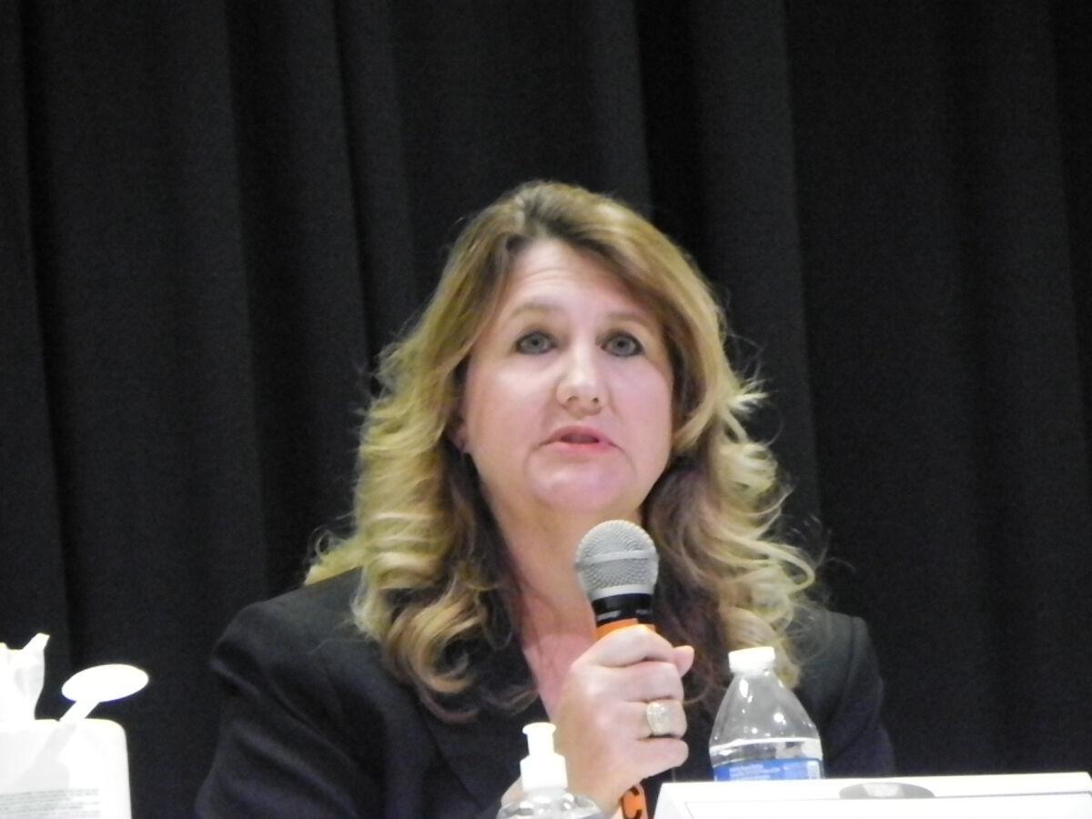 Candidates: Court system needs better communication
