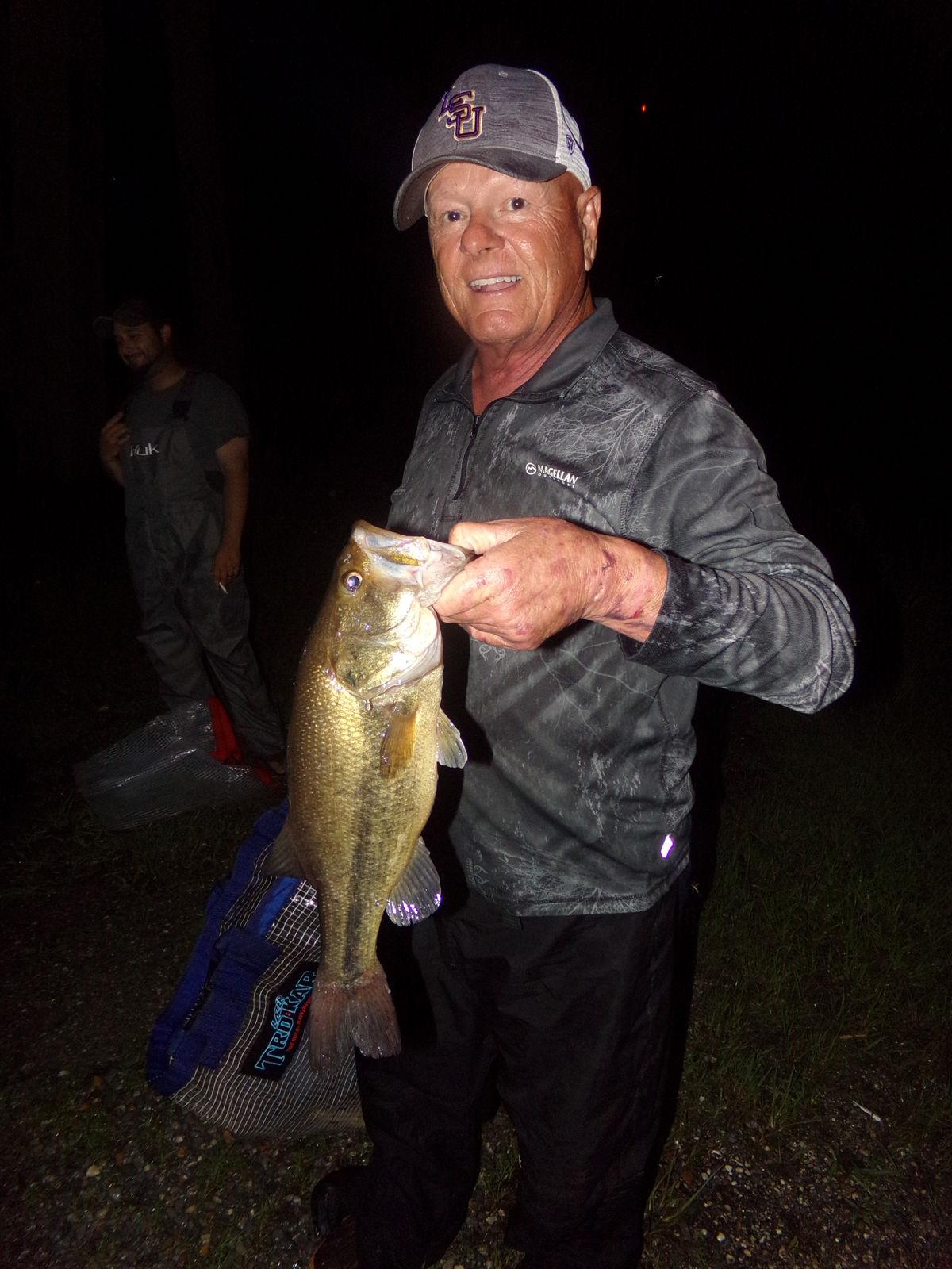 Long boat ride pays off when bass cooperate during Hawg Fight