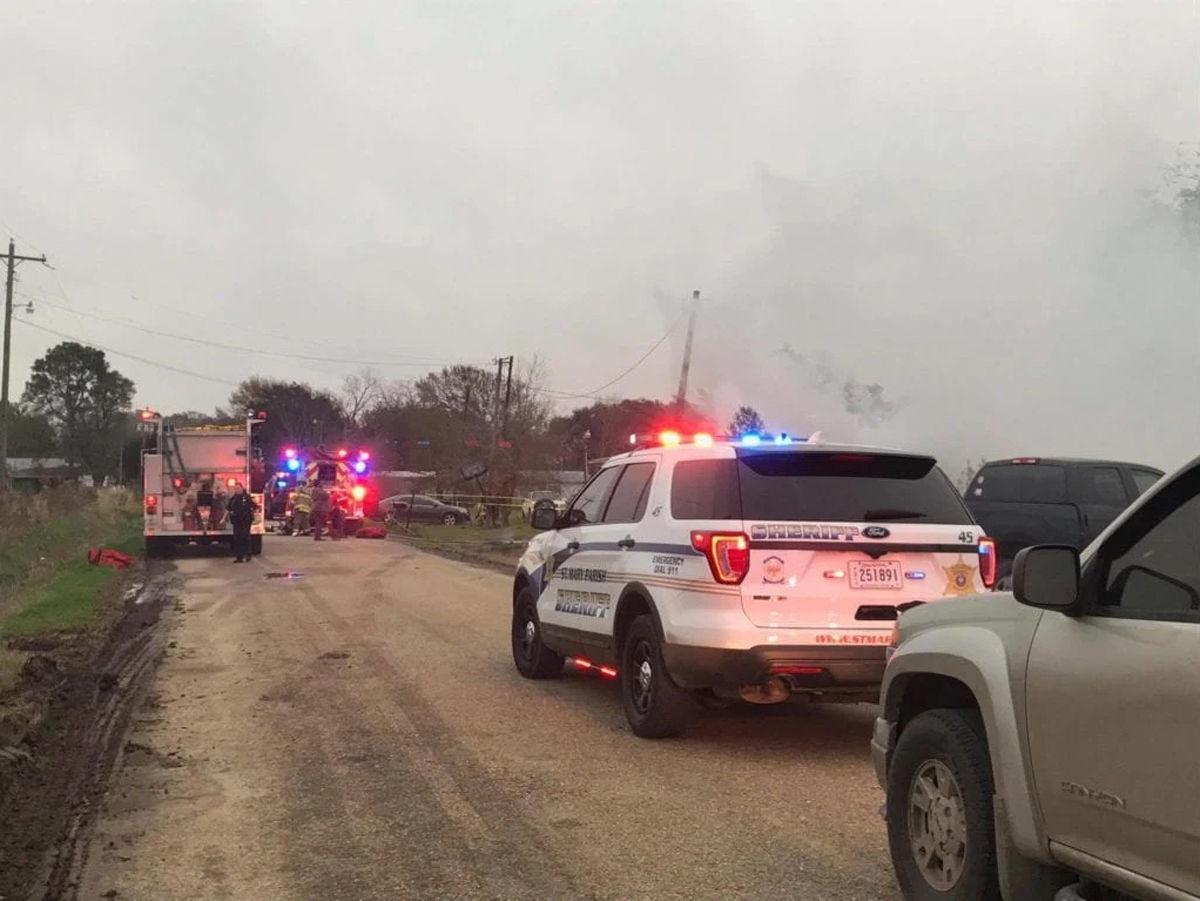 Early morning fire kills one in Jeanerette