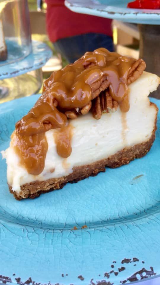 Caramel chocolate cheesecake.jpg