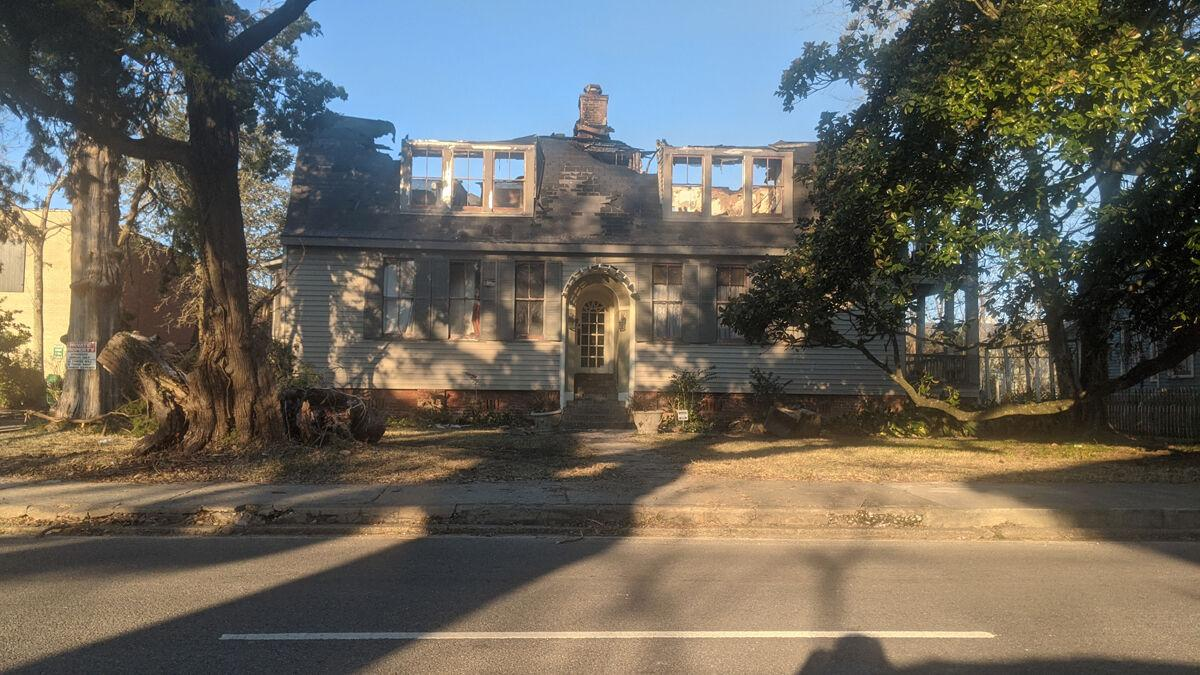 House on St. Peter suffers massive damage from fire