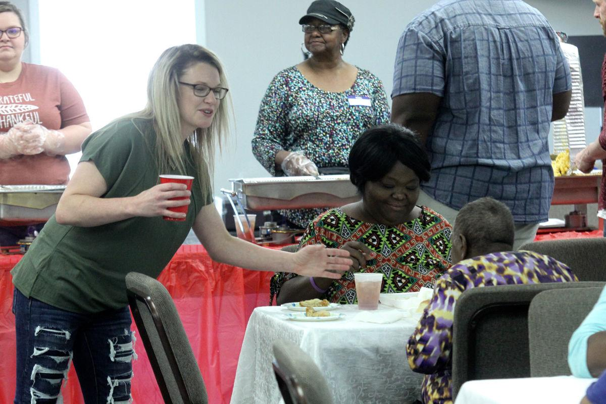 Thanksgiving meals served to local residents