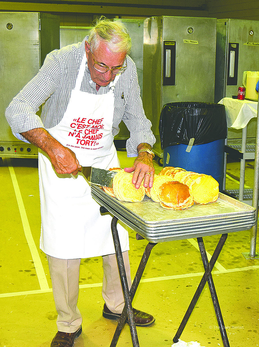 Pancake Madness: Thousands come out for Kiwanis Club's Pancake Supper