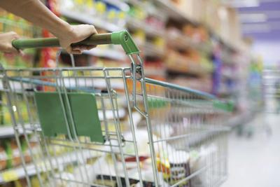 Reduce your grocery bill with these simple tips