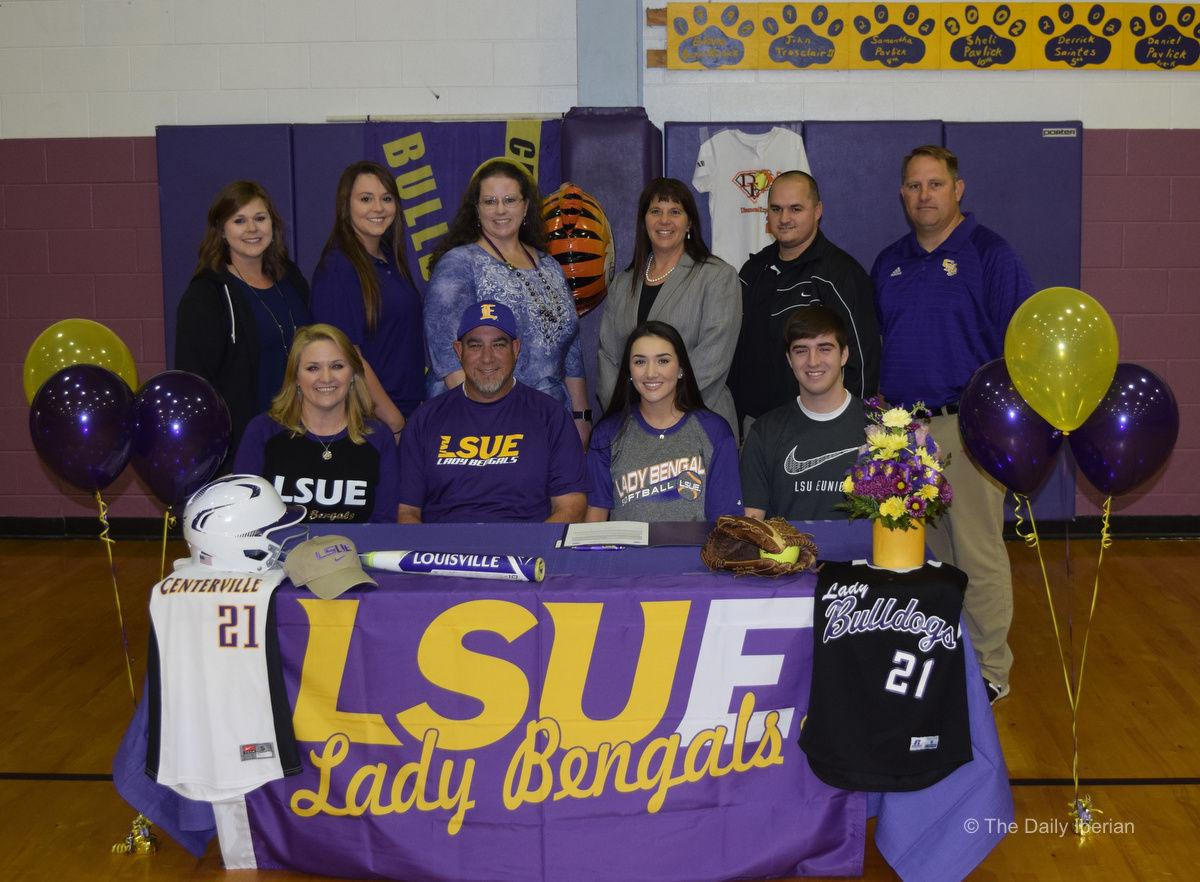 Centerville's Candella inks with LSU-Eunice softball