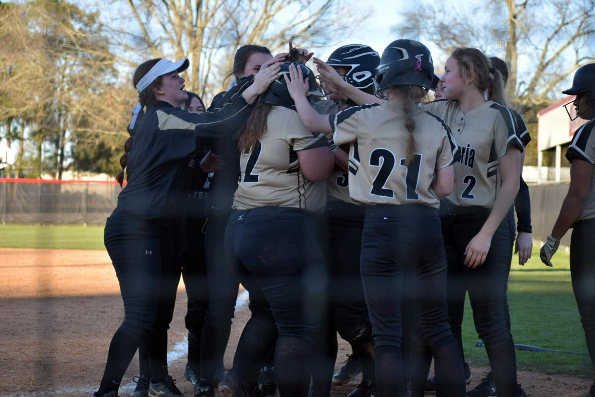 NISH, Catholic High open softball season in round robin with Chapelle