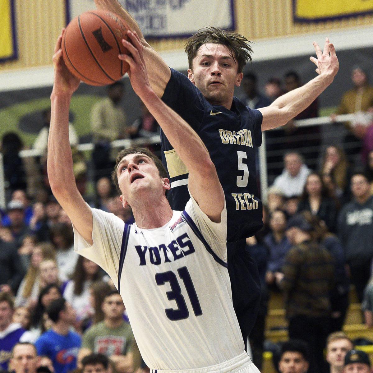 No. 3 Yotes complete season sweep of No. 5 Oregon Tech