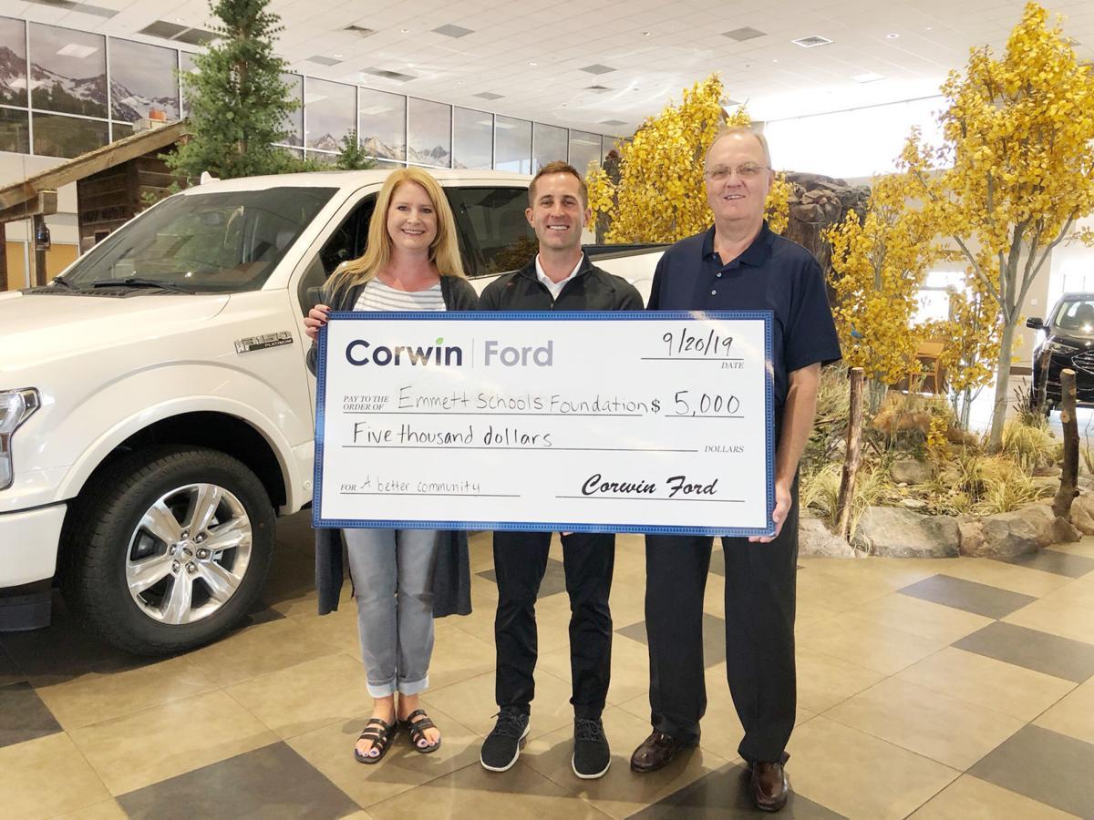 Corwin Ford Nampa >> Corwin Ford Makes Donation To Emmett Public School