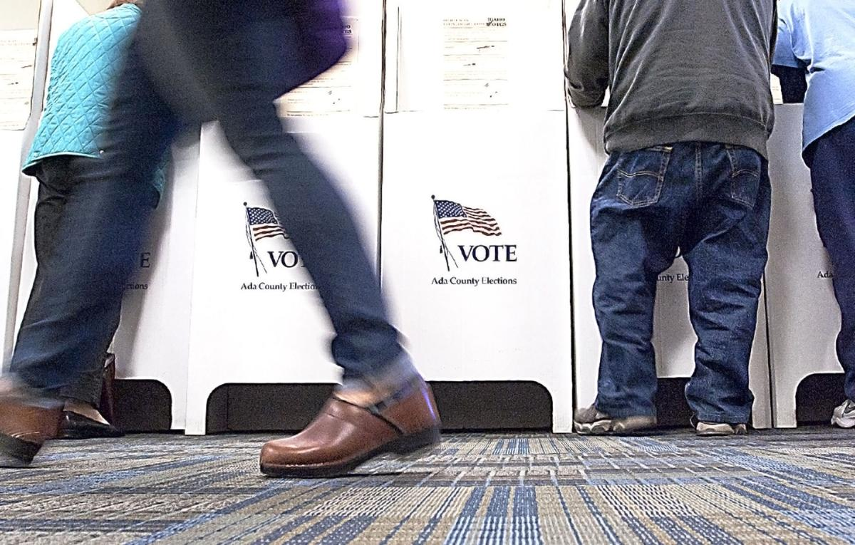 Are 'poll monitors' allowed at Idaho's polling locations on Election Day?