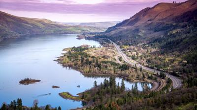 Columbia River Gorge at Rowena