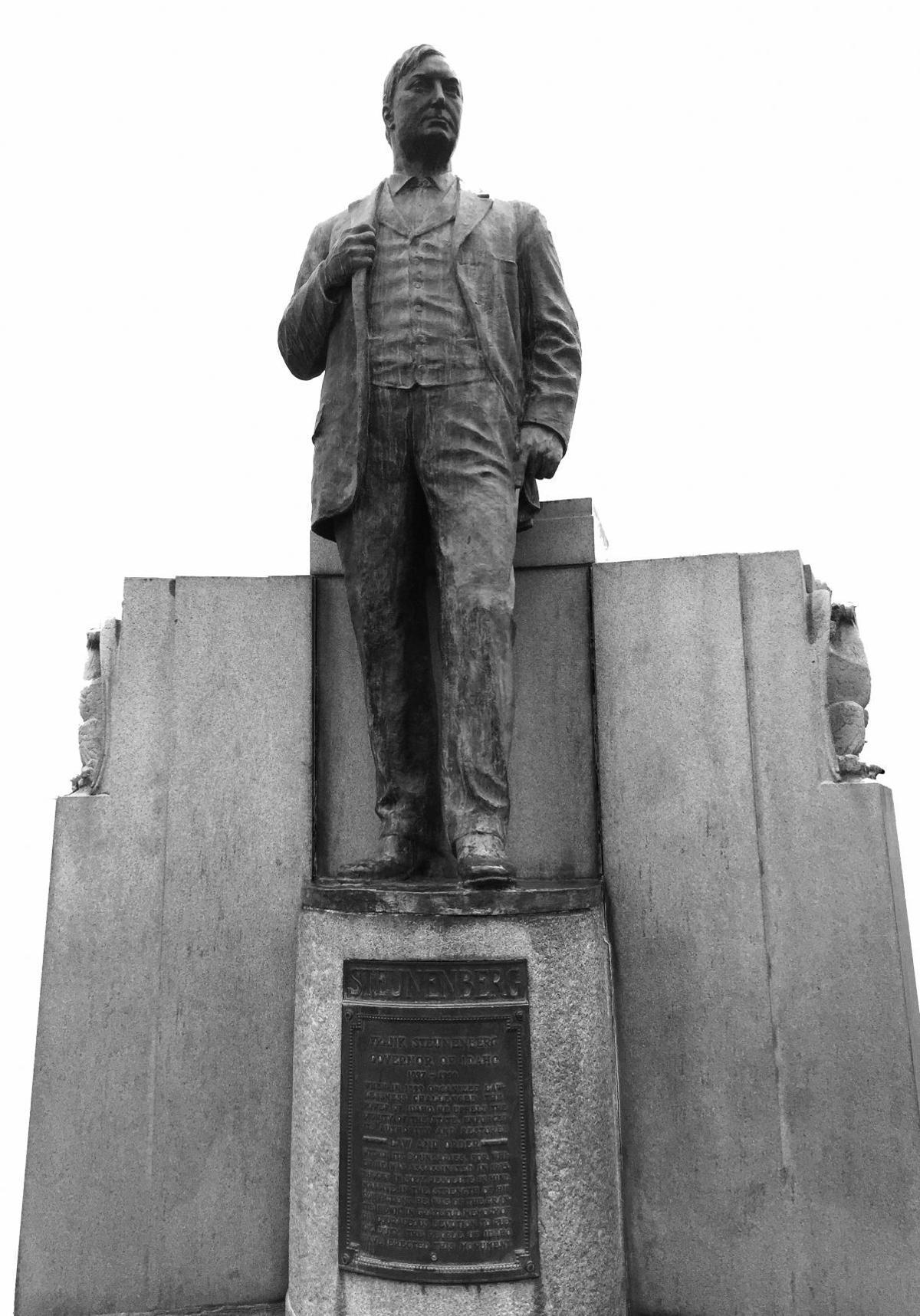 Steunenberg statue