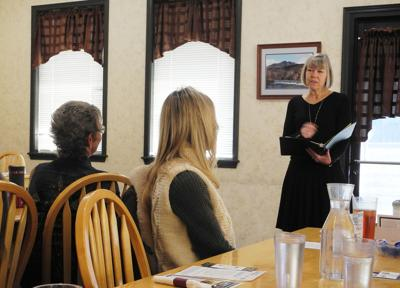 First Lady speaks at Chamber Mid-Day Mingle 1