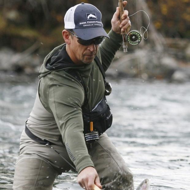 Winter fishing on Upper Deschutes River  de38bac3b1b7
