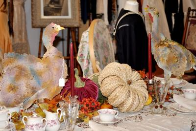 Emmett Floral Thanksgiving Table