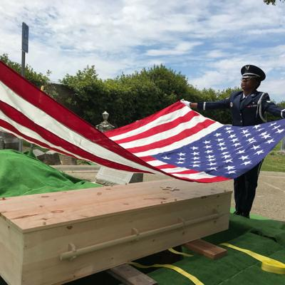 Flag picture, funeral of David Zeff