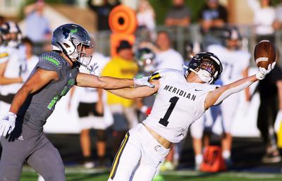 Meridian vs Mountain View FOOTBALL