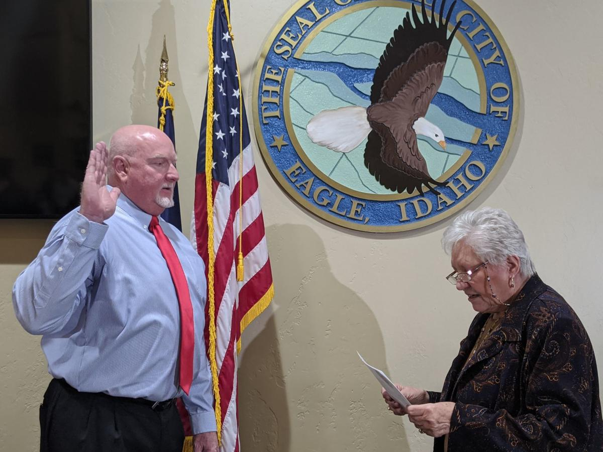 Brad Pike is sworn in as an Eagle City Council member