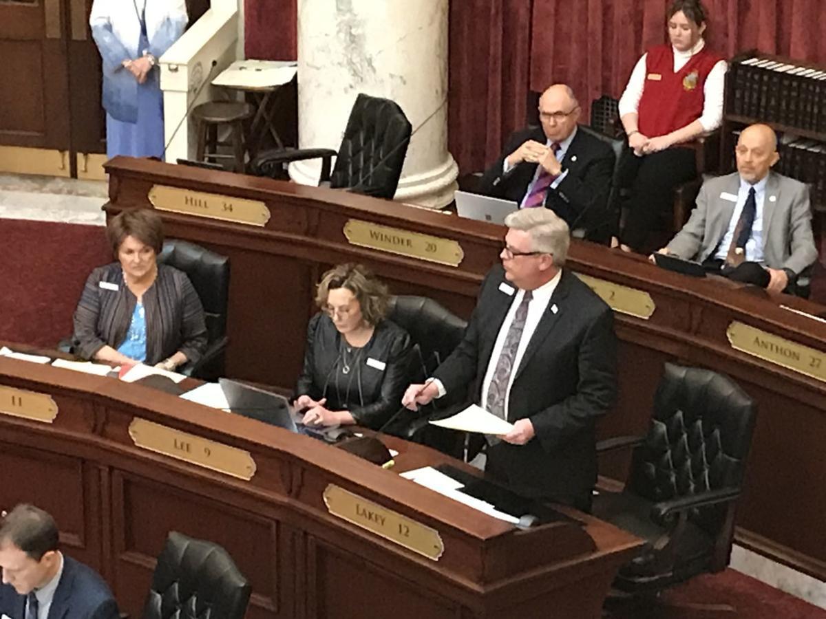 Todd Lakey Senate vets resolution 2-5-20