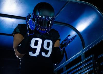 f5a4a012 Boise State unveils new all-Black uniforms, will debut them against ...