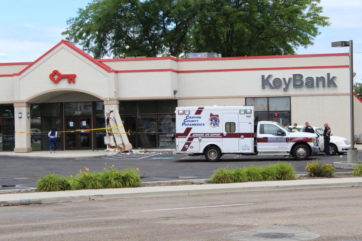 Crash damages entrance to Nampa Key Bank | Local News