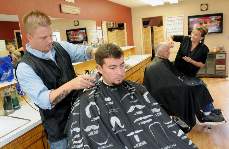 koukku ylös Barber Shop Nampa ID