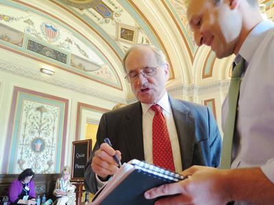 Jim Risch DC signing treaty document