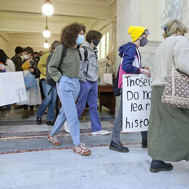 www.idahopress.com: Students gather for demonstration against HB 377, then watch Senate debate, pass the bill