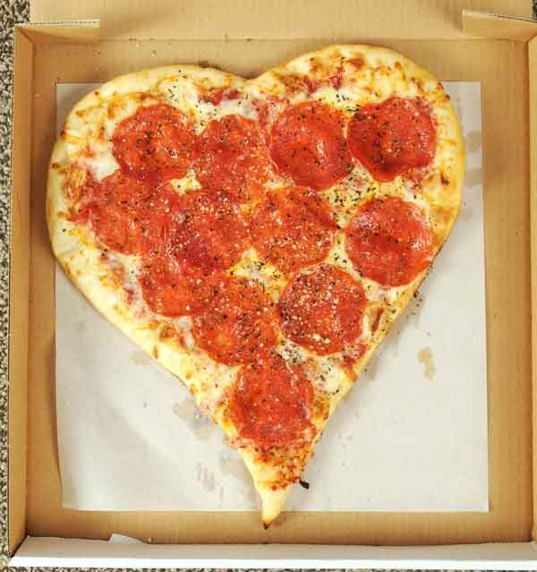 pizza restaurants see big sales on valentine's day | members, Ideas