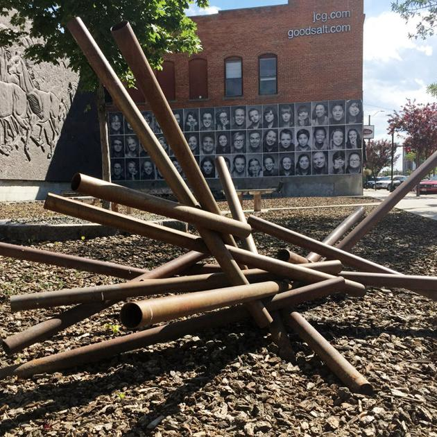 Late Nampa Sculptor S Art Finds Temporary Home In Horse