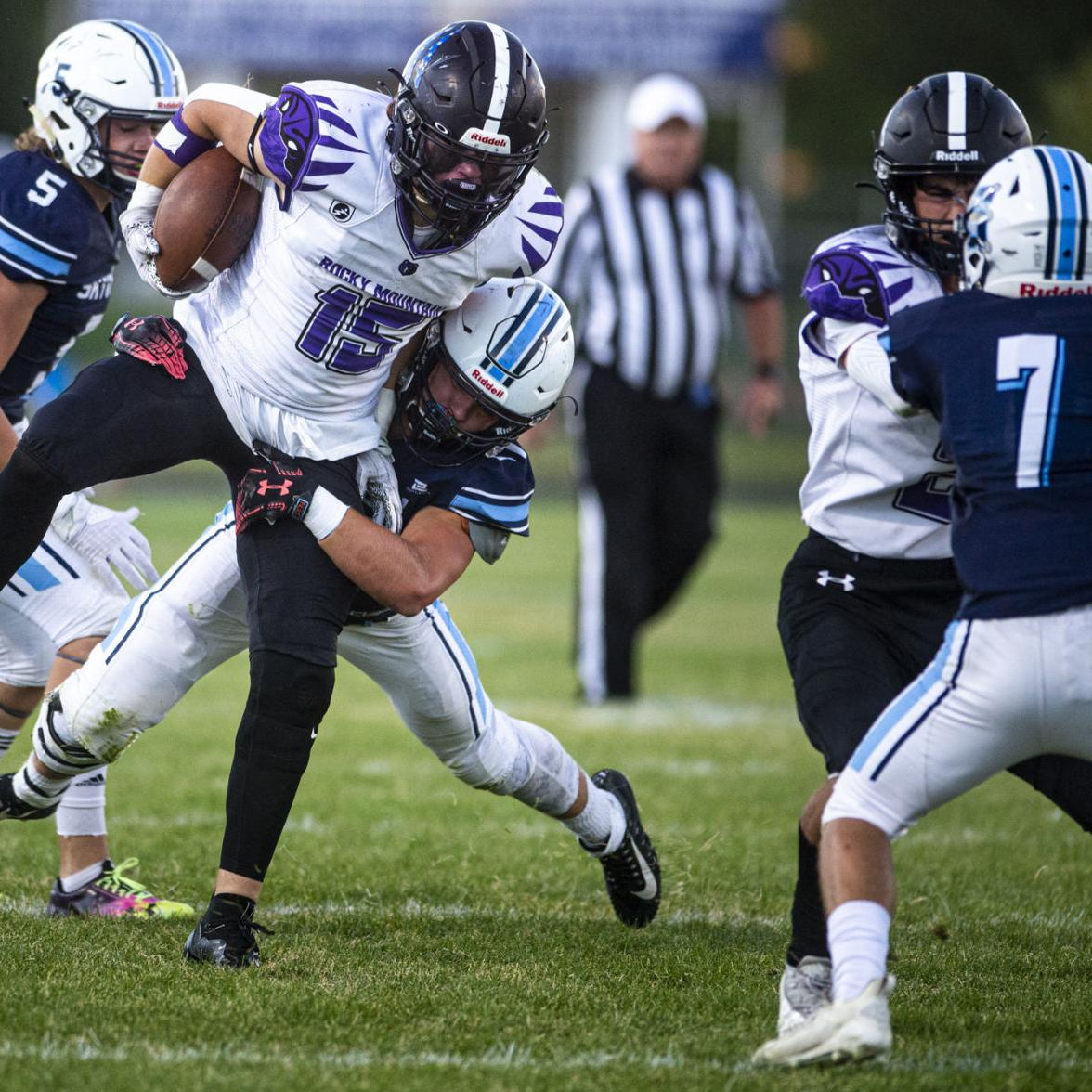 The Grizzlies' offensive line powers past Skyview