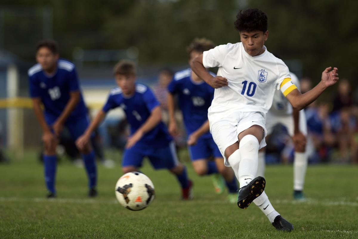 Caldwell Emmett Soccer05.JPG