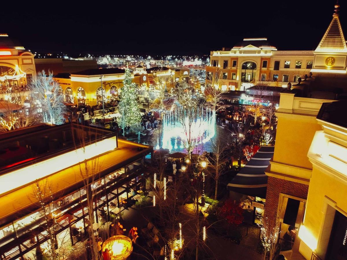 Christmas Lights Near Me Meridian Idaho 2020 The Village at Meridian prepares for the holidays with tree