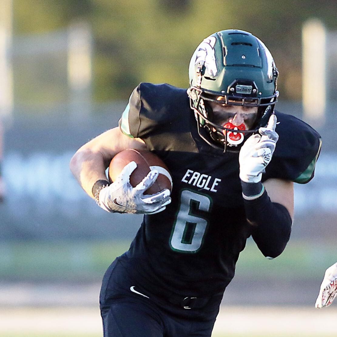 Eagle overcomes 20-point fourth-quarter deficit to beat Meridian 24-23