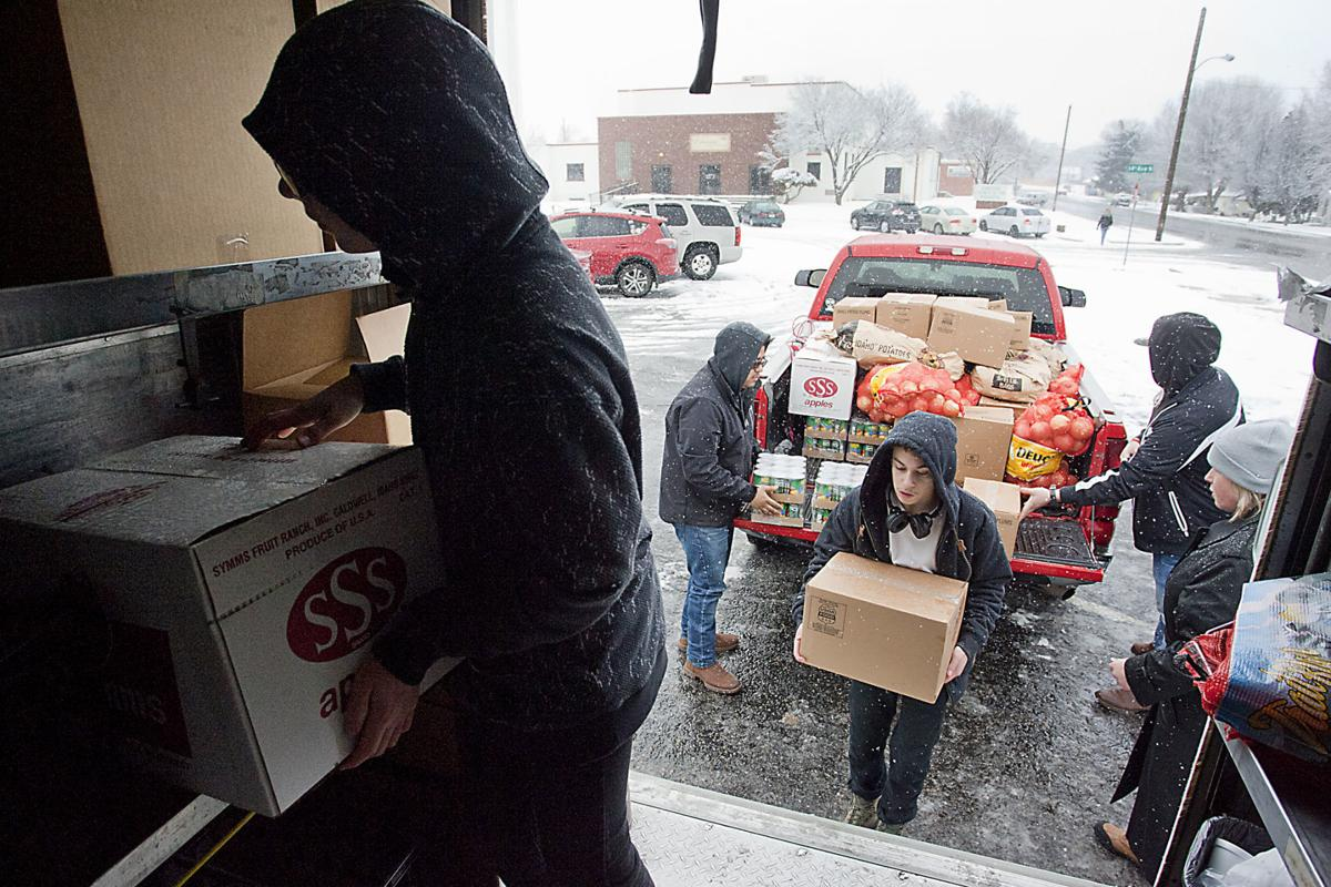 Traveling Table mobile food pantry