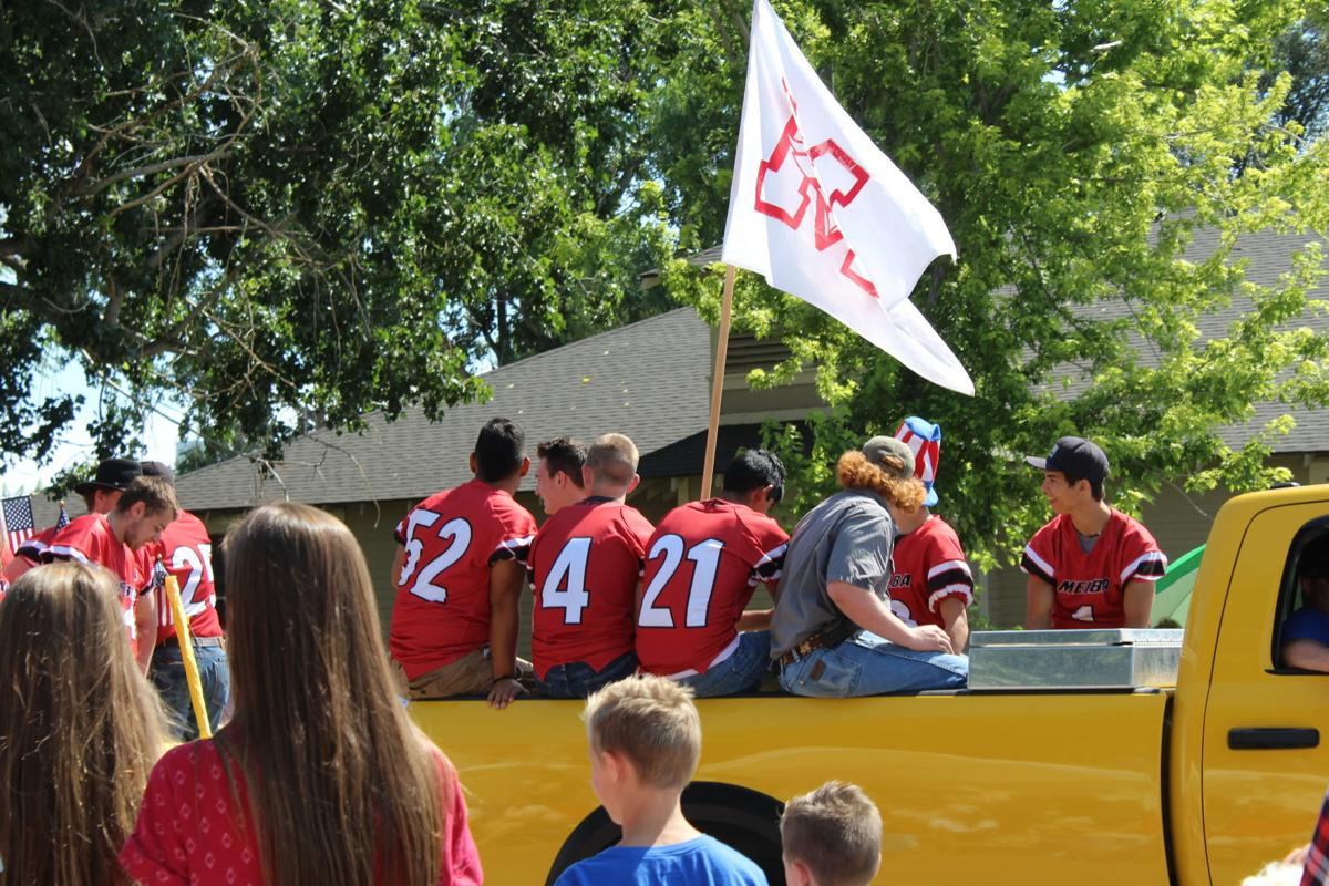 Melba Mustangs appear in Melba Olde Tyme 4th of July Parade