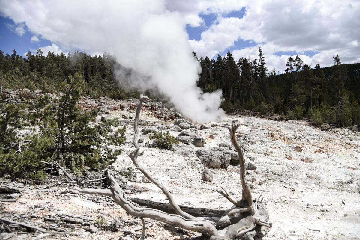 Steamboat Geyser, Yellowstone National Park File