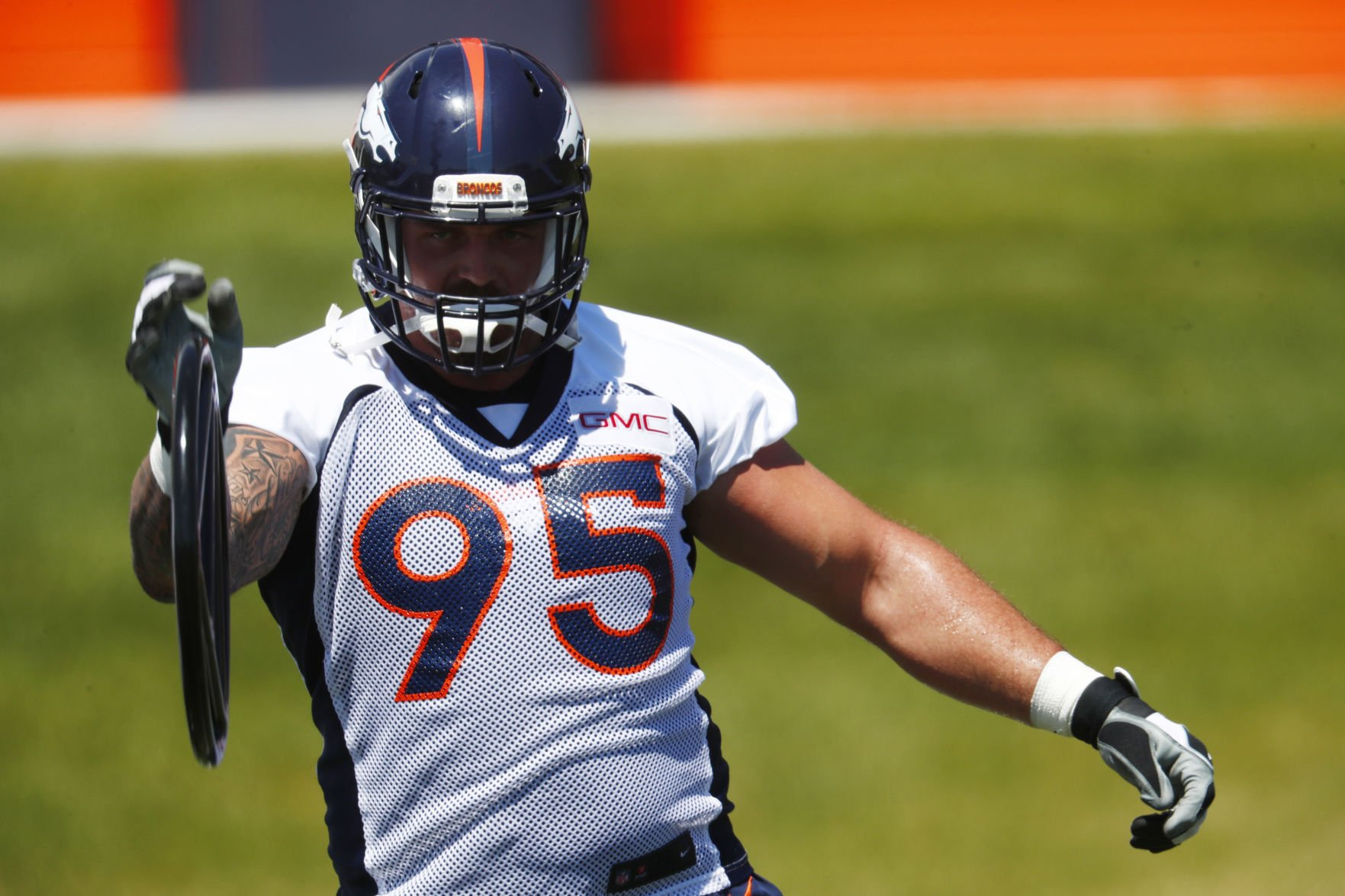 Derek Wolfe starter carted off after apparent right leg injury