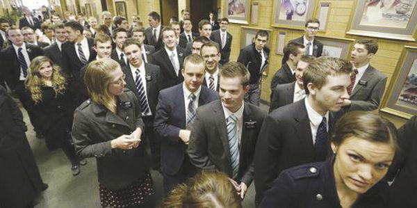Mormons allow more technology, smartphones for missionaries