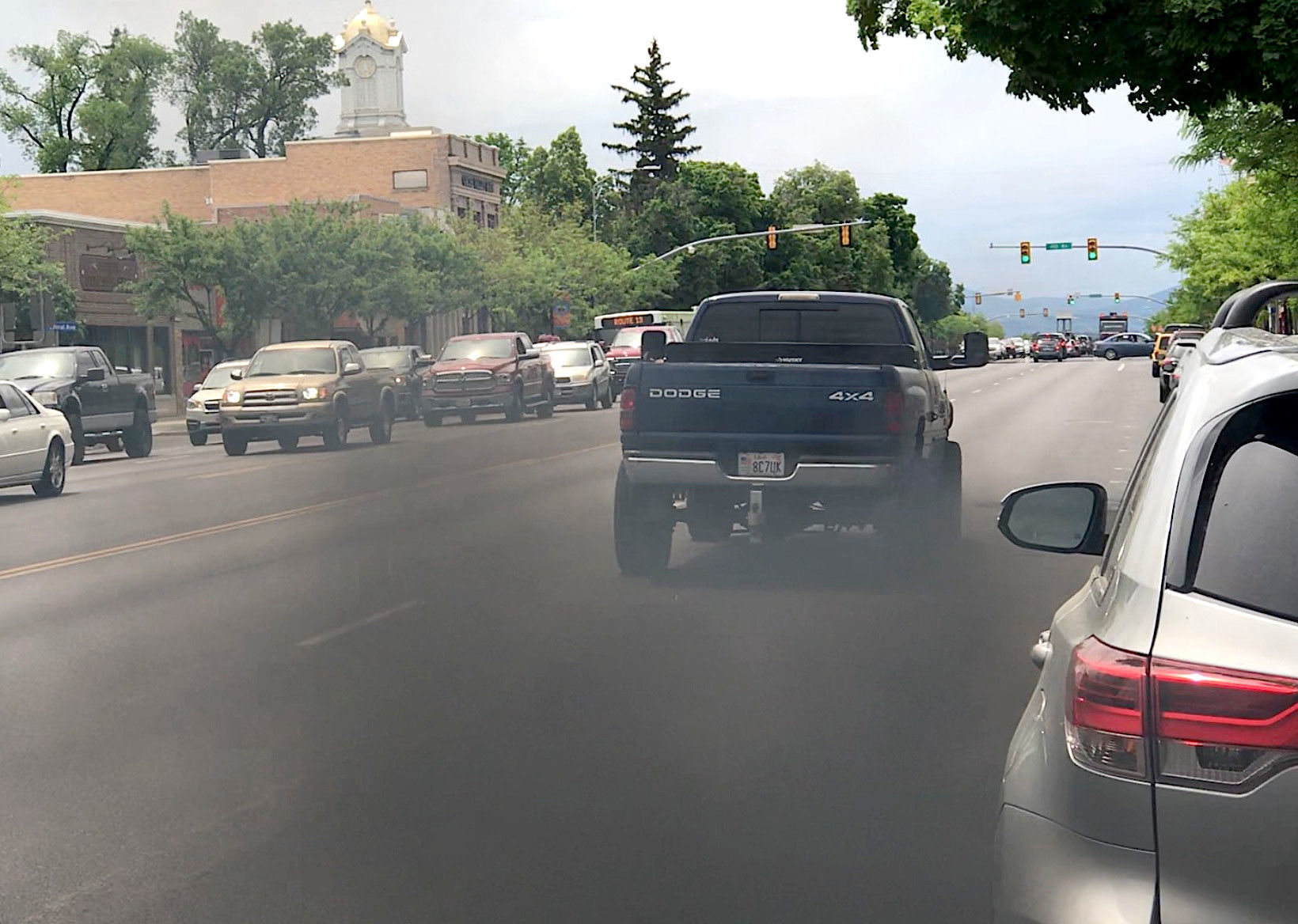 Diesel Activism Truck Drivers Turn Counterprotesters By Rolling Coal Local Idahostatejournal Com