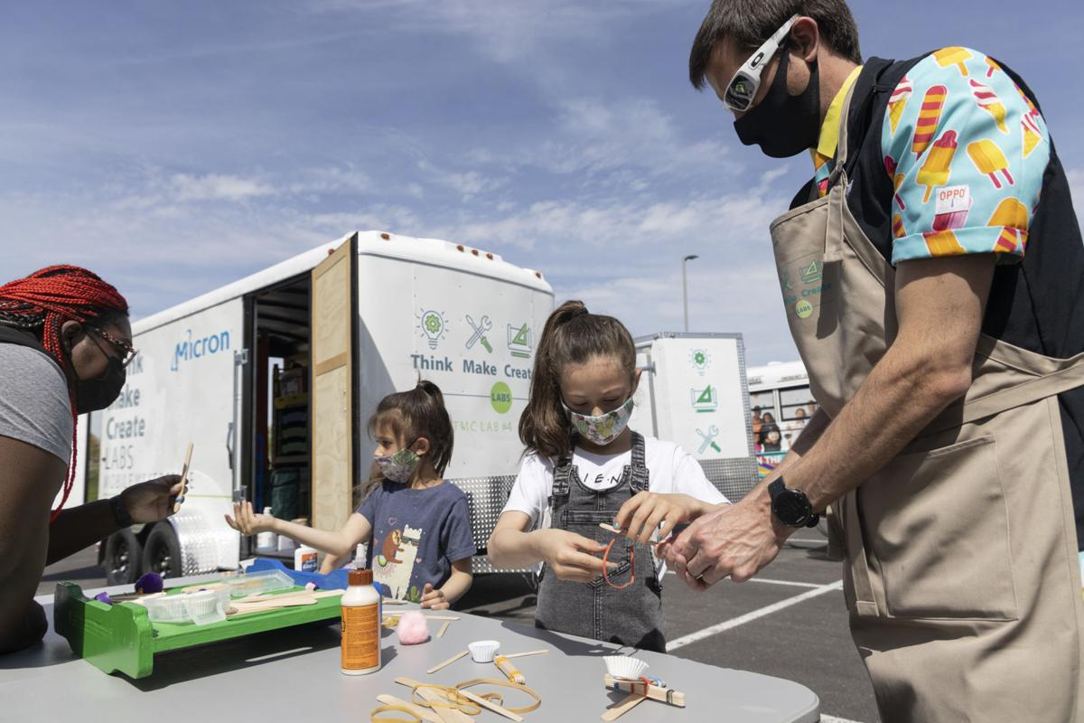 MOBILE MAKERSPACES