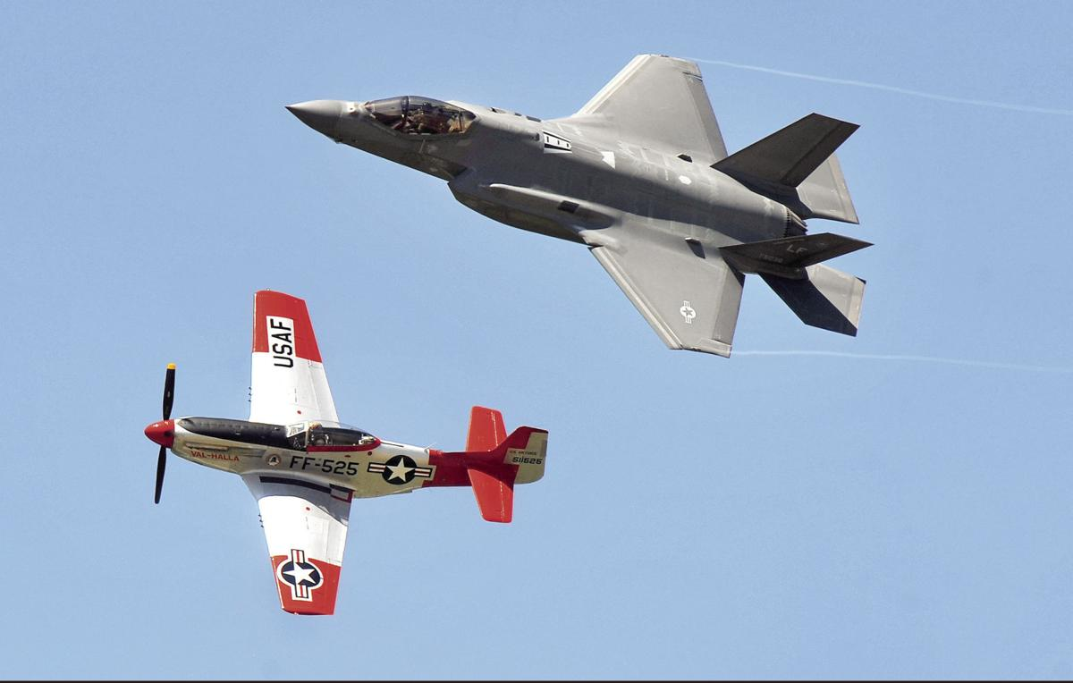 Controversial F-35 fighter jets fly in Idaho Falls air show