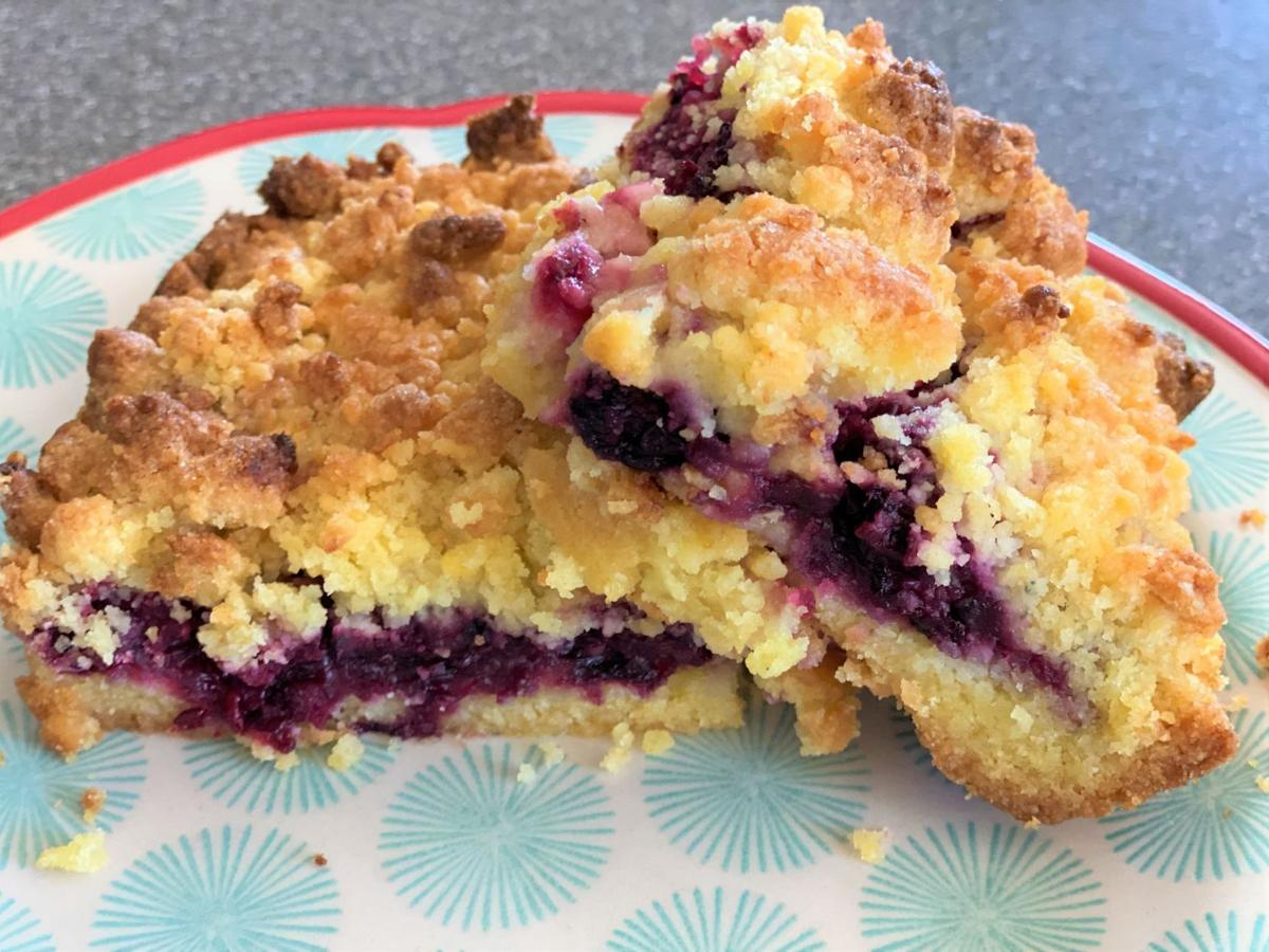 Belle's Berry Crumble Bars