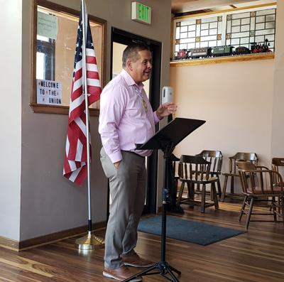 Darren Parry talking to Gate City Rotary Club in Pocatello