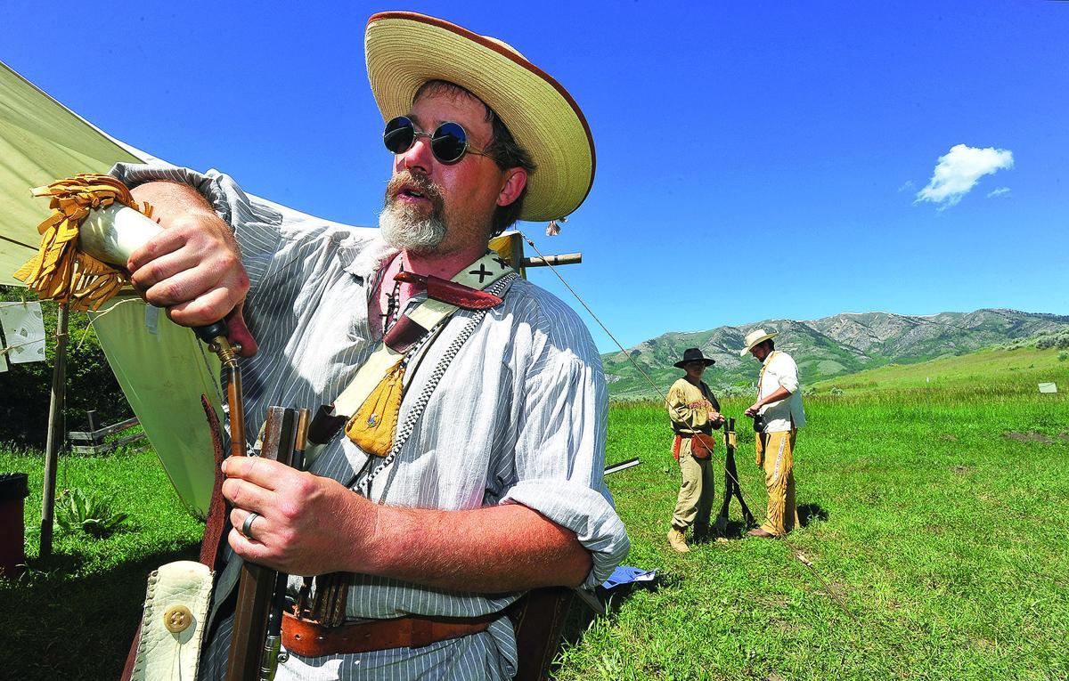 Mountain men rendezvous re-enacts life in 1800s | Xtreme ...  Mountain