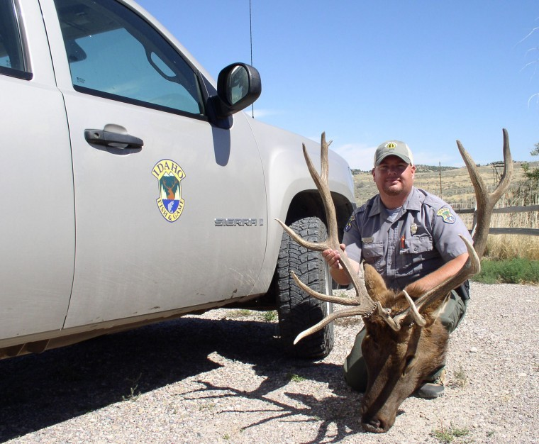Idaho fish and game officers solve elk poaching case for Fish and game idaho