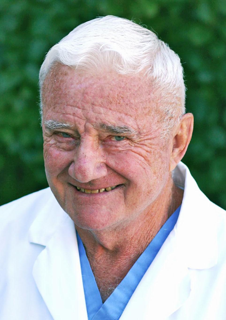 Dr. Robert D. Degnan