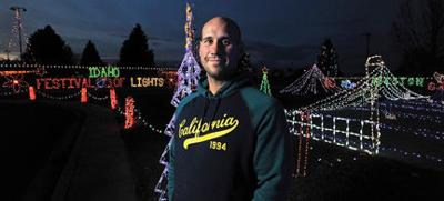 Preston Idaho Christmas Light 2020 Winners Griswold Award winner uses holiday lighting talent in Preston